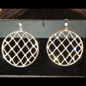 Jewelry - Silver Circle Lattice Earrings W/Crystals